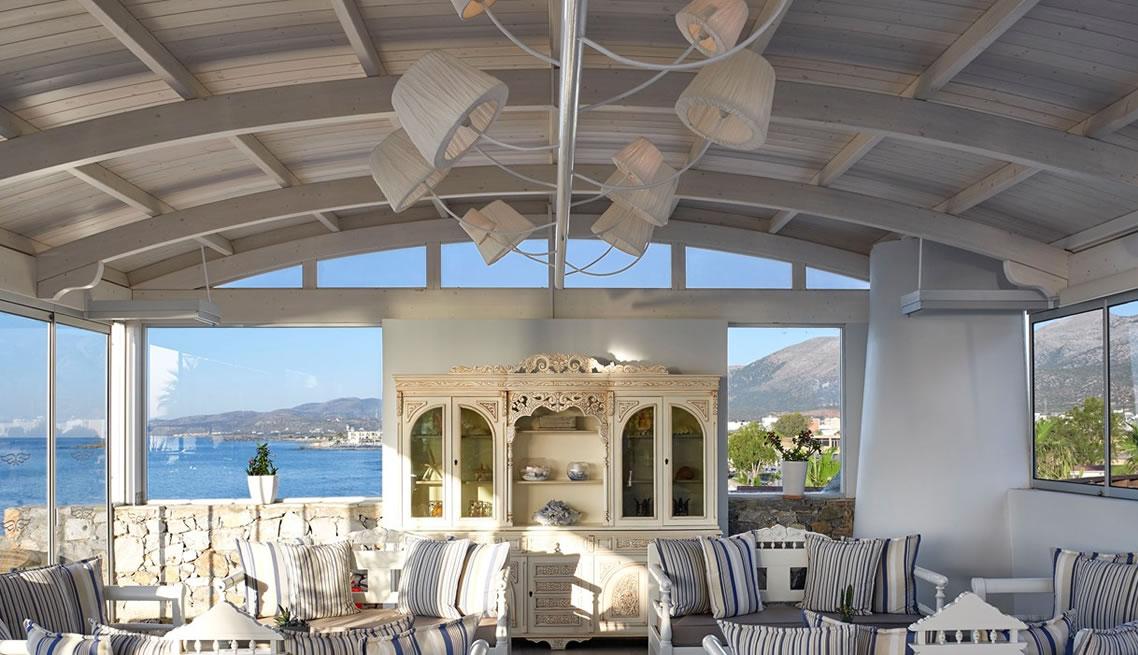 IKAROS  BEACH HOTEL